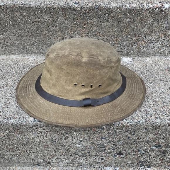 ae9f1f0908b76 Filson Accessories | Tin Cloth Packer Cap Hat Large | Poshmark